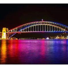 #sydneyharbourbridge #sydney #vivid #beautiful #luvmycountry #bigcitylife #ilovesydney by mickjaustin http://ift.tt/1NRMbNv