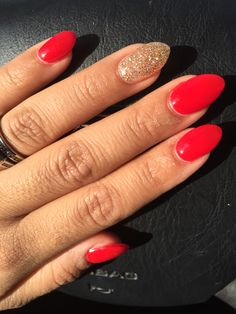 Red and gold on point!! Almond shape nail