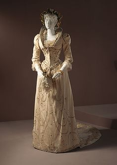 Cream Embroidered Wedding Dress from 1891 (The Los Angeles County Museum of Art)