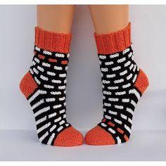 Crochet Socks, Knitting Socks, Hand Knitting, Cozy Socks, Marimekko, Needlework, Body Art, Wool, Womens Socks