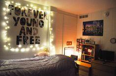 Easy and Beautiful DIY Creative Bedroom Decor Ideas Best Inspirations) Teenage Room Decor, Diy Home Decor For Teens, Diy Home Decor Rustic, Tumblr Room Decor, Tumblr Bedroom, Tumblr Rooms, Ikea, Bedroom Wall, Bedroom Decor
