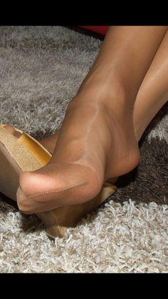 Excellent interlocutors pantyhose reenforced toe porn