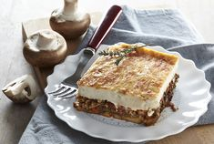 Today we went for a traditional greek dish, moussaka! Check out our new article!