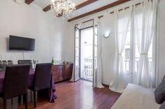 BARCELONA | 1215E | inside gothic quarters!!!