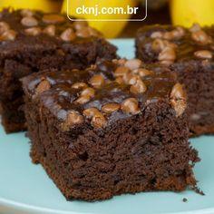 Dessert Cake Recipes, Brownie Recipes, Chocolate Recipes, My Recipes, Banana Com Chocolate, Food Decoration, Diy Food, Let Them Eat Cake, Banana Madura