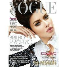 30 BEST VOGUE COVERS EVER » ANGEL.GE ❤ liked on Polyvore featuring cover, models, people, backgrounds, magazine and magazine cover
