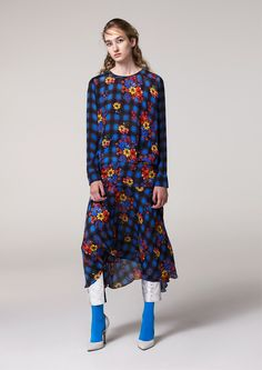 See the complete Preen Line Pre-Fall 2017 collection.
