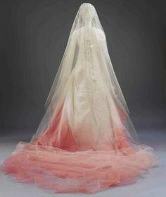 Gwen Stefani's wedding gown