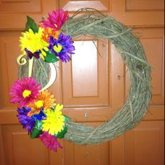 Easy colorful spring wreath DIY!