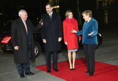 German Chancellor Angela Merkel (R) welcomes King Felipe VI (C), Queen Letizia of Spain and Spanish Interior Minister Jorge Fernandez Diaz at the Chancellery on December 1, 2014 in Berlin, Germany. King Felipe and Queen Letizia are on their first state visit to Berlin since assuming the Spanish throne.
