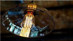 vintage design - vintage & loft - vintage stílus - vintage l Vintage Loft, Vintage Stil, Vintage Decor, Vintage Designs, Natural Wood Furniture, Art Deco, Loft Design, Retro, Light Bulb