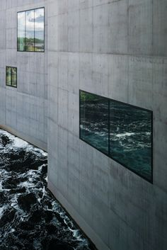 """""""When Waves Meet"""" building at The Hepworth Museum, Wakefield in West Yorkshire, UK"""