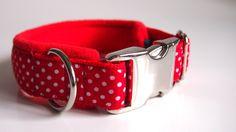 Hund: Halsbänder - Hundehalsband rot mit weißen Punkten Fliegenpilz  - ein Designerstück von stitchbully bei DaWanda