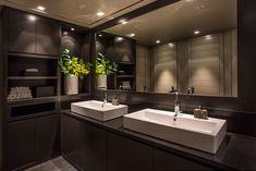 CASA TRÈS CHIC: CHRISTIAN'S & HENNIE - INVERNO Arch Interior, Brown Interior, Interior Design, Laundry Room Bathroom, Bath Room, Winter Cabin, Colorado Homes, House Plans, Cottage