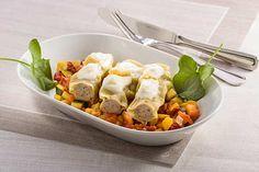 Kalbs-Cannelloni auf toskanischem Tomatengemüse und Parmesanschaum