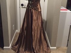 Items For Sale: Tony Bowls Unique Gown Size 14 http://ift.tt/1T2736Z