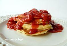 Penne im Topf: Pancakes mit Erdbeer-Vanille-Kompott