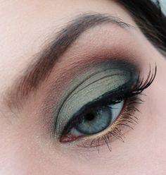 Smokey Green on Makeup Geek!