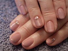 ☆あずきカラーでシンプルネイル☆ の画像|パリのネイルサロン Bijoux nails Paris