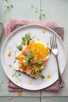 Open faced sandwich (rye bread) with salmon, mozzarella, pea shoots, watercress, oranges & browned orange butter