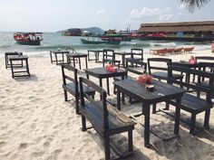 There are many #restaurants at #Kohrong Island, Cambodia. This is Bunna's place, one of the restaurant that located near the #harbour And I have chosen it for lunch. I really want to spend night time there #drinking and enjoying the atmosphere but had to go to Koh Rong Samloem. By the way, the bar's owner is really cool.