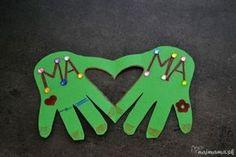 Darček pre mamičku: Srdce v rukách - Najmama.sk Diy And Crafts, Christmas Crafts, Decor, Diva, Google, Decoration, Divas, Decorating, Godly Woman