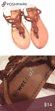 Wet Seal Sandals Cute sandals perfect for summer. Worn a few times, although they look brand new Wet Seal Shoes Sandals