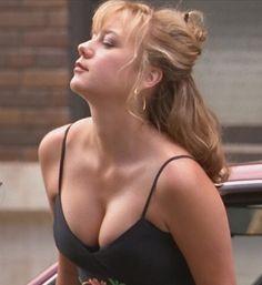 robin tunney boobs