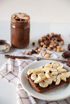 Homemade Vegan Nutella //heartofabaker.com