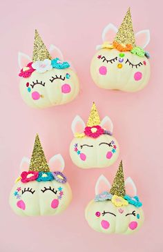 These adorable diy mini unicorn pumpkins are not only easy to diy they make Halloween Crafts For Kids, Halloween Projects, Cute Halloween, Holiday Crafts, Fun Crafts, Halloween Decorations, Halloween Tricks, Holiday Ideas, Mini Pumpkins
