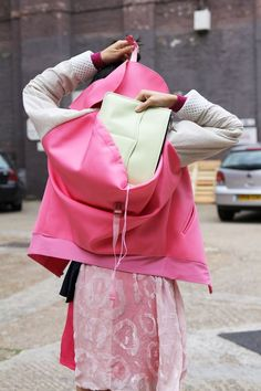 Great idea for all you handbag designers out there!