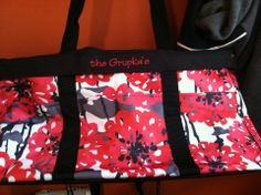 Large Utility Tote in Bold Bloom with the Black Top A Tote ...Check out all 23 color/print options @ www.mythirtyone.com/26636