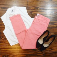 CORAL SKINNY PANTS WORN A FEW TIME NO TRADE ‼️PRICE FIRM‼ Cello Jeans Pants