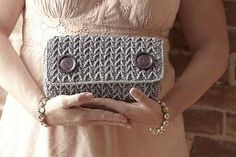 Calypso Clutch - Media - Crochet Me