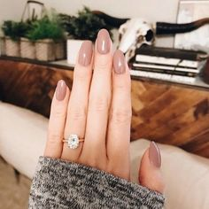 lab treated emerald engagement ring set white gold diamond wedding band bridal ring set curved V band pear cut Emerald - Fine Jewelry Ideas Ring Set, Ring Verlobung, Gold Engagement Rings, Wedding Engagement, Engagement Nails, Morganite Engagement, Morganite Ring, Diamond Wedding Bands, Oval Wedding Rings