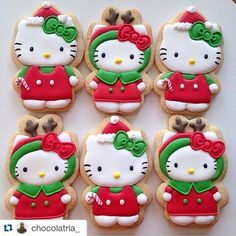 HELLO KITTY xmas cookie ideas!! Who wants?? Me me me ✋✋✋ #hellokitty #sanrio #hellokittyxmascookie  #Repost @chocolatria_ with @repostapp ・・・