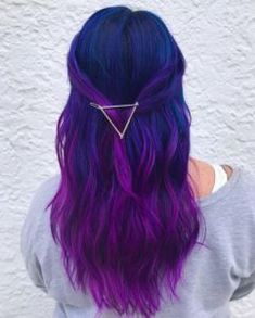 Blau und Lila Haarfarbe Ideen Blue and Purple Hair Color Ideas – Farbige Haare Violet Hair Colors, Cute Hair Colors, Hair Color Purple, Hair Dye Colors, Cool Hair Color, Galaxy Hair Color, Purple Colors, Dyed Hair Purple, Hair Color Ideas