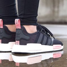 737ac03b10e5aa ADIDAS Women s Shoes - Sneakers femme - Adidas NMD (©sneakernews) Clothing