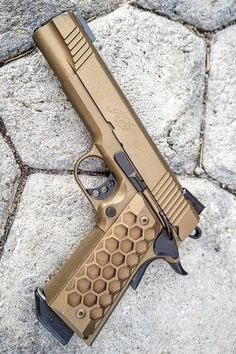Looking for inspiration on your next daily carry pistol or wanting to add a new gun to the collection? Check out these awesome kimber pistol ideas! Kimber 1911, Tactical Shotgun, Tactical Gear, Weapons Guns, Guns And Ammo, Hidden Gun Storage, 1911 Pistol, Shooting Guns, Firearms