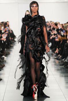 Moda dünyasında Galliano fırtınası - Hayat Haberleri - Radikal
