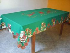 Christmas 2017, Xmas, Decorative Boxes, Home Decor, Scrappy Quilts, Needlepoint, Christmas Tables, Table Runners, Border Tiles