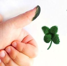 st patricks day crafts thumbprint activity- so fun!