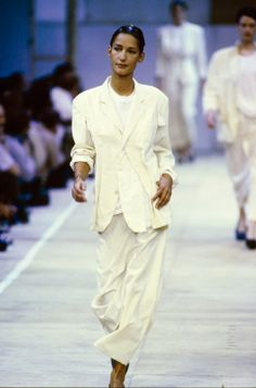 "38e5a27db079 20 Best Fashion 1990s  ""The decade fashion has forgotten."" images ..."