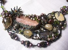 wild freeform necklace