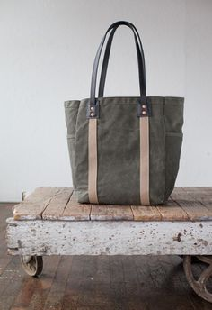No. 105 Utility Tote in Olive Waxed Canvas & Black Leather