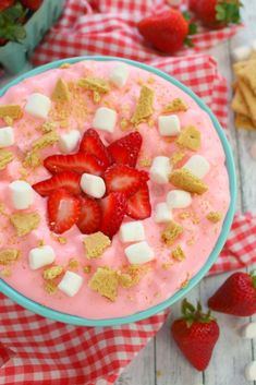 This delicious strawberry marshmallow fluff is the ultimate summer salad! An easy strawberry fluff salad recipe, it will be your new go-to cookout dish! Cheesecake Fruit Salad, Cheesecake Pudding, Strawberry Cheesecake, Strawberry Recipes, Best Thanksgiving Side Dishes, Stuffing Recipes For Thanksgiving, Jello Recipes, Fruit Salad Recipes, Fruit Salads