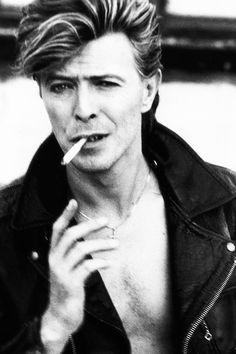 vintagegal:  David Bowie photographed by Herb Ritts, 1987 (via)