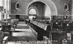 Waiting room of Los Angeles Union Station, 1939 |