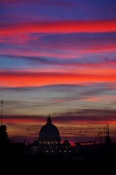 La Cupola di S.Pietro dal Quirinale, Rome, Italy