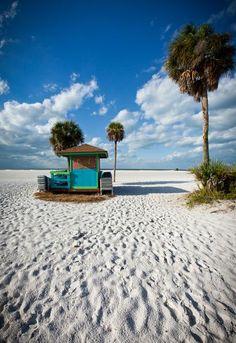 Relax on Siesta Beach, Sarasota, Florida - Bucket List Dream from TripBucket #bucketlist #findseashells